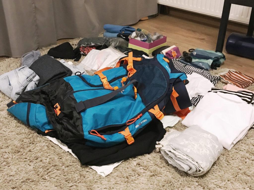Jak spakować się w bagaż podręczny do Azji?